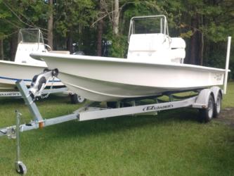 Coastal Skiff 231 Flats Boat
